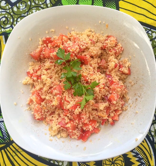 Cuscuz, pimento, curcuma, açafrão-da-índia, curcuma, tomate